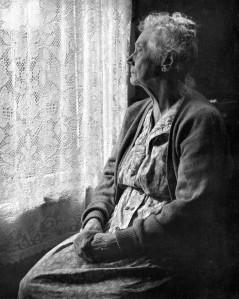 elderly_woman_2c_b26w_image_by_chalmers_butterfield